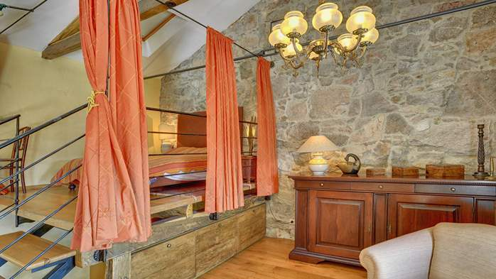 Rustic villa with pool within the borders of the Učka Nature Park, 31
