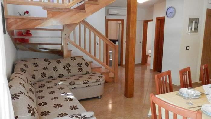 Villa with private pool, sauna, sun terrace, in central Istria, 10