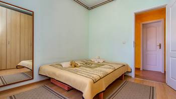 Charming and bright apartment with balcony for 4 persons, WiFi, 3