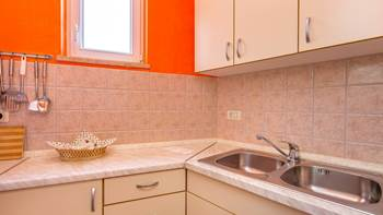 Charming and bright apartment with balcony for 4 persons, WiFi, 7