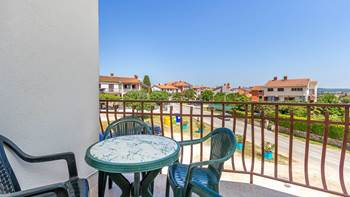 Charming and bright apartment with balcony for 4 persons, WiFi, 10