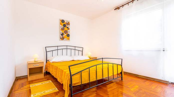Large apartment on 2nd floor with private balcony and 2 bedrooms, 7