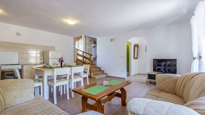 Traditional house with 2 BR offers an unique experience of Istria, 8