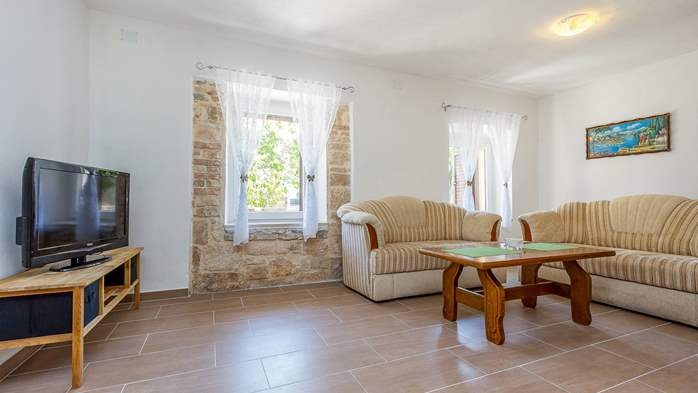 Traditional house with 2 BR offers an unique experience of Istria, 7