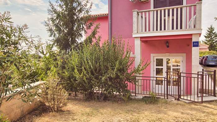 Apartment with three bedrooms for seven persons, three bathrooms, 11