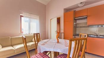 Apartment with three bedrooms for seven persons, three bathrooms, 4