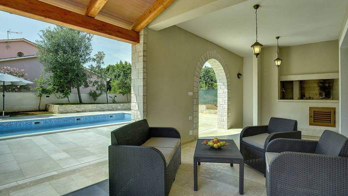 Charming stone villa in Medulin with private pool and sun terrace, 16