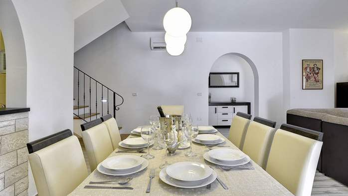 Charming stone villa in Medulin with private pool and sun terrace, 14