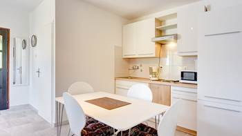 Air-conditioned apartment with private terrace, playground, WiFi, 2