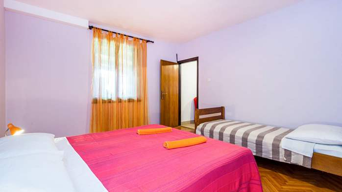 Air-conditioned apartment with private terrace, playground, WiFi, 13