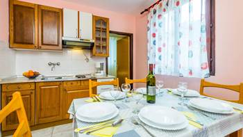 Furnished apartment with two bedrooms, outdoor pool and jacuzzi, 9