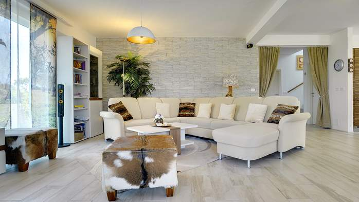 Villa with private pool, close to Novigrad, for a perfect holiday, 16