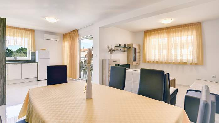 Beautiful apartment in Medulin with balcony and 2 bedrooms, 4