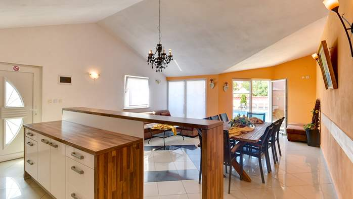 Unique 12 bedroom property with pool ideal for multiple families, 19