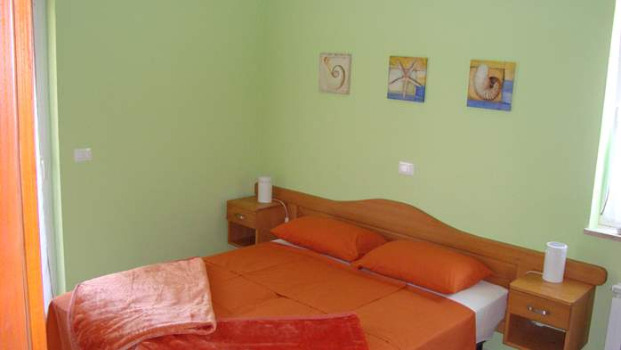 Ground floor apartment with two bedrooms and pool for 6 persons, 3