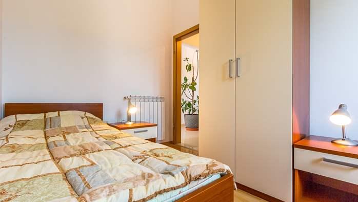 Comfortable accommodation for 12 people, house with pool, Ližnjan, 21