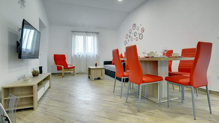 Newly built house in Ližnjan with a private pool and free WiFi, 11