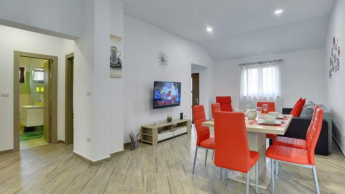 Newly built house in Ližnjan with a private pool and free WiFi, 12