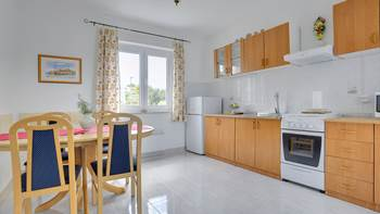 Bright and cozy apartment on the first floor with balcony, 5