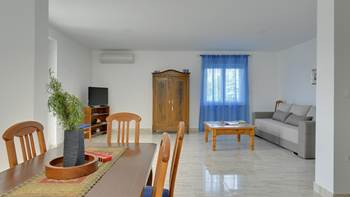 Spacious apartment for 4 persons with 2 bathrooms, 1