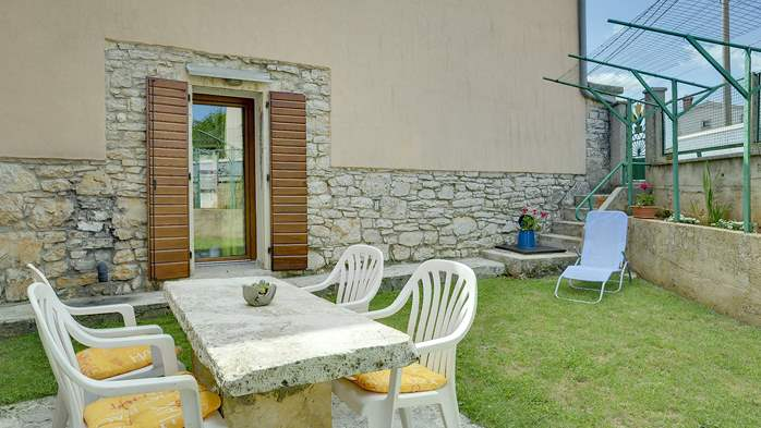 Lovely house in rustic location with covered terrace and barbecue, 17