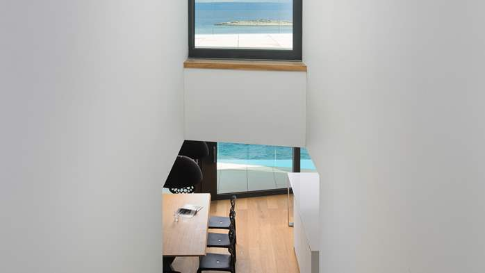 Spectacular design villa with sea-view, infinity pool, jacuzzi, 19