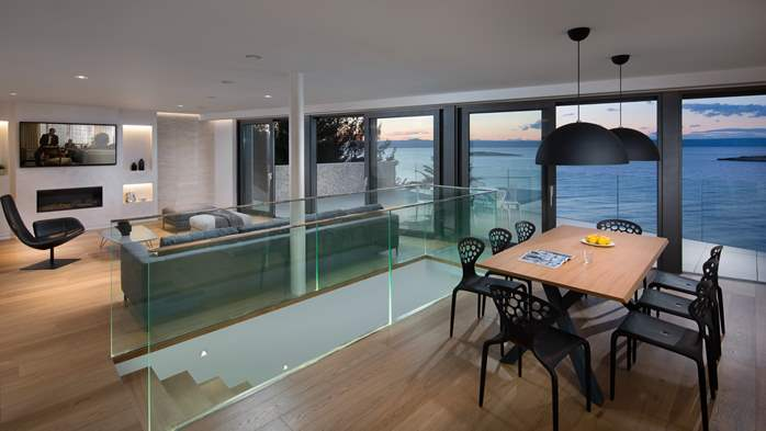 Spectacular design villa with sea-view, infinity pool, jacuzzi, 25