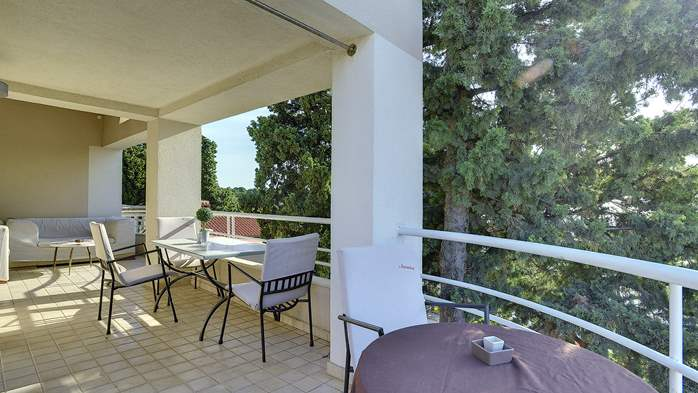 Spacious apartment in Pula close to the sea, with WiFi and SAT-TV, 22