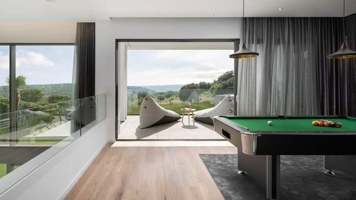 Stylish villa with heated pool near Pula, with wine cellar, 37