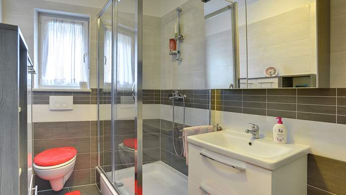 Nice air-conditioned apartment for 4 people, with private terrace, 8