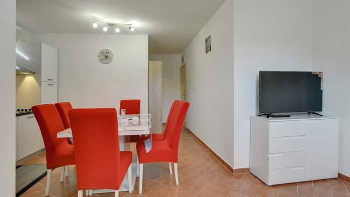 Nicely decorated studio apartment in Pula for 2 persons, 7