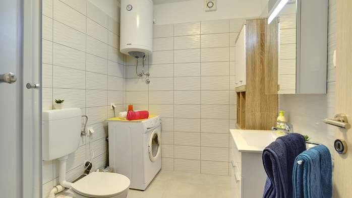 Nicely decorated studio apartment in Pula for 2 persons, 9