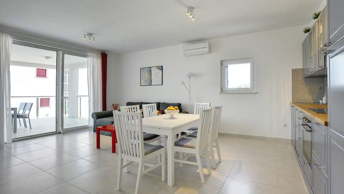 Elegant and air-conditioned apartment for up to 6 people, WiFi, 3