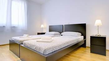 Elegant and air-conditioned apartment for up to 6 people, WiFi, 8