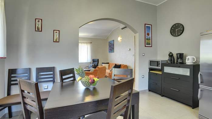 Charming villa with outdoor pool, nice garden and tavern, 17