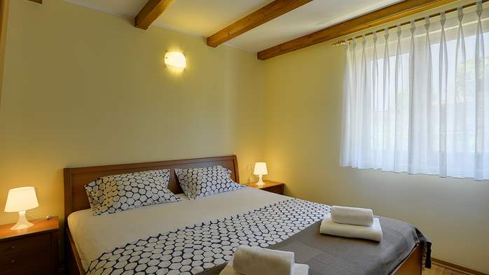 Charming villa with outdoor pool, nice garden and tavern, 22