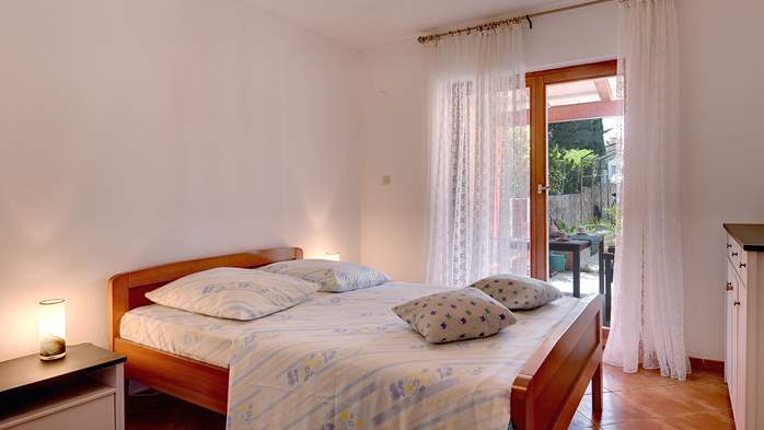 Apartment for six persons with three terraces, free WiFi, parking, 11