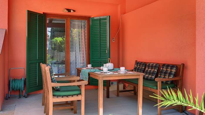 Apartment for six persons with three terraces, free WiFi, parking, 1