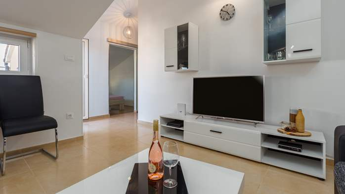 Nicely decorated two-bedroom apartment with private balcony, 2