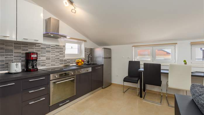 Nicely decorated two-bedroom apartment with private balcony, 8