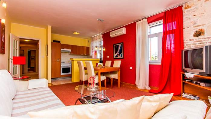 Air-conditioned apartment on the first floor with sea view, 8