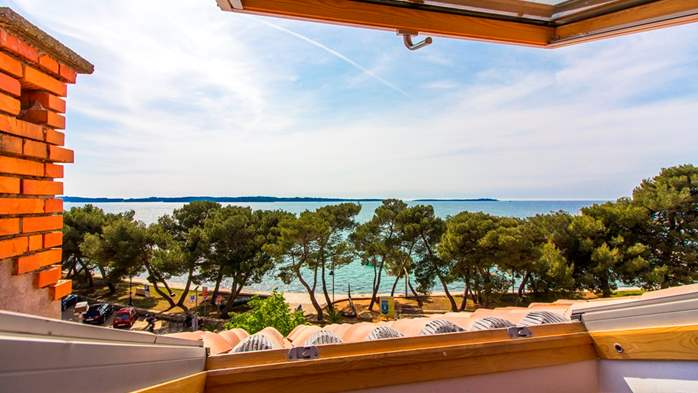 Apartment with beautiful sea view, for 5 persons, 7