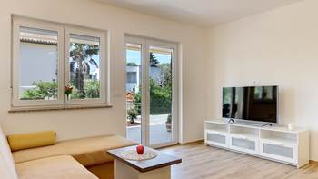 Comfortable and modernly furnished apartment with two bedrooms, 2