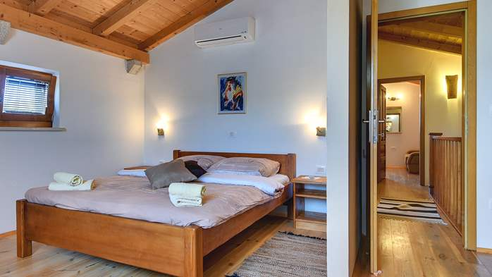 Traditional Istrian villa for 12 persons with private pool, 35