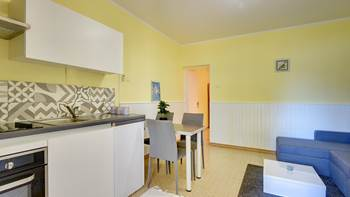 Modernly furnished apartment for 4 people close to the beach, 4