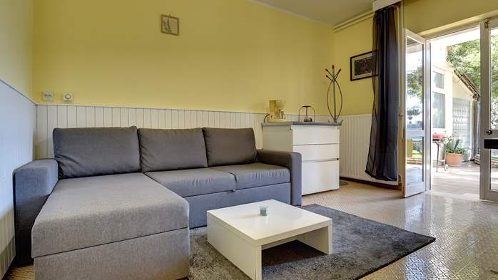 Modernly furnished apartment for 4 people close to the beach, 3