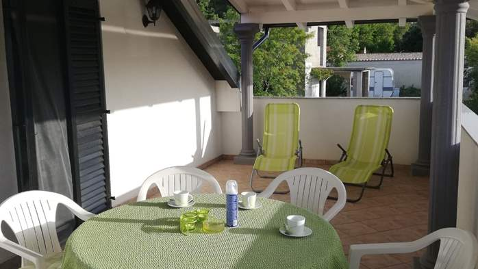 Apartment with two bedrooms and barbecue for 4 people., 6