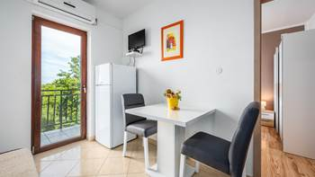 Lovely air conditioned apartment for 3 persons, WiFi and SAT-TV, 4