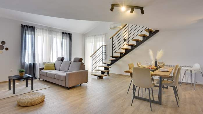 Spacious apartment for 6 people with gallery, 1