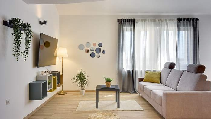 Spacious apartment for 6 people with gallery, 7